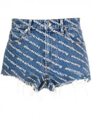 Джинсовые шорты с монограммой Alexander Wang. Цвет: синий