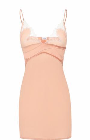 Приталенная шелковая сорочка с кружевной отделкой La Perla. Цвет: розовый