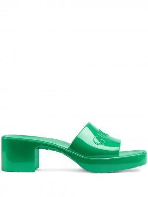 Мюли на массивном каблуке с логотипом Gucci. Цвет: зеленый
