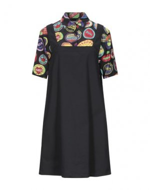 Короткое платье LOVE MOSCHINO. Цвет: черный
