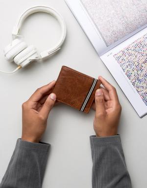 Коричневый бумажник с эластичным ремешком New Look. Цвет: коричневый