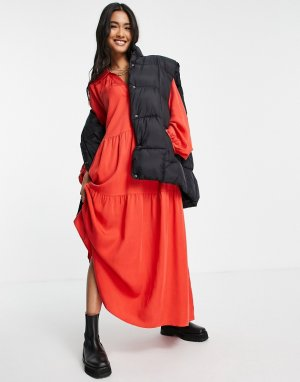Красное платье макси с присборенной юбкой и длинными рукавами -Красный & Other Stories