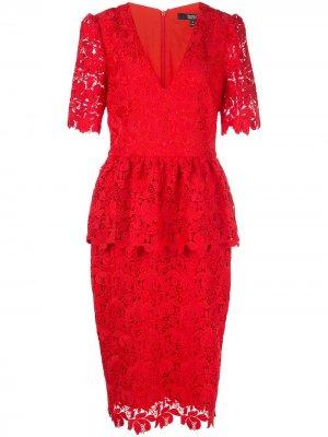 Приталенное кружевное платье Badgley Mischka. Цвет: красный