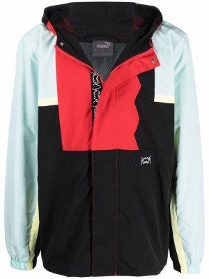 Куртка в стиле колор-блок с капюшоном PUMA. Цвет: черный