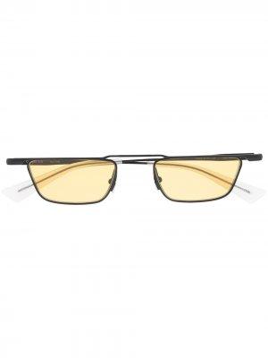 Солнцезащитные очки Nuty в прямоугольной оправе Christian Roth. Цвет: черный