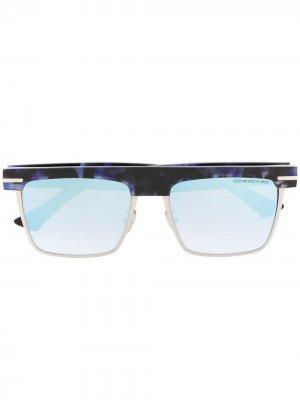 Солнцезащитные очки в оправе черепаховой расцветки Cutler & Gross. Цвет: синий