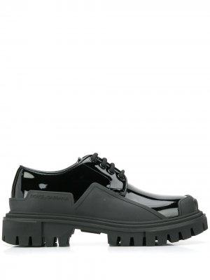 Лакированные дерби Dolce & Gabbana. Цвет: черный