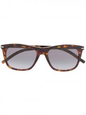 Солнцезащитные очки Black Tie в прямоугольной оправе Dior Eyewear. Цвет: коричневый