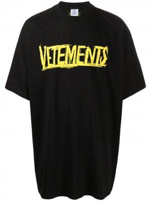 Футболка оверсайз с логотипом Vetements. Цвет: белый