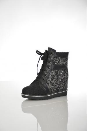 Ботинки Cooper. Цвет: черный
