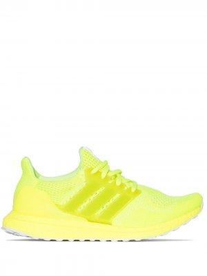 Кроссовки Ultraboost DNA adidas. Цвет: желтый