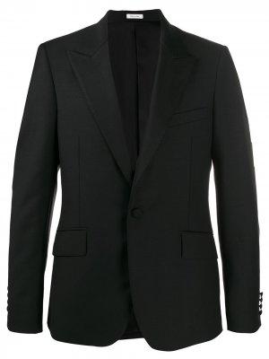 Пиджак-смокинг с декоративной строчкой на лацканах Alexander McQueen. Цвет: черный
