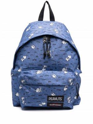 Рюкзак Peanuts Snoopy с графичным принтом Eastpak. Цвет: синий