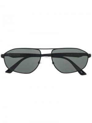 Солнцезащитные очки с верхней планкой Balenciaga Eyewear. Цвет: черный