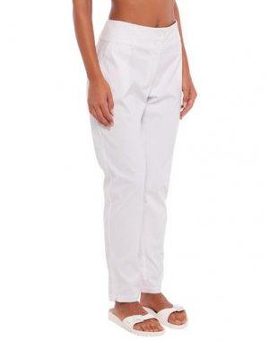 Пляжные брюки и шорты TWINSET. Цвет: белый