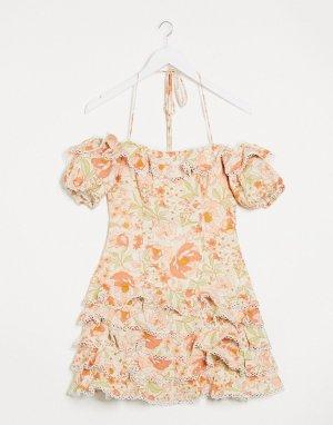 Платье мини с открытыми плечами и оборками -Розовый Bardot