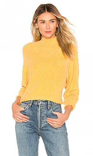 Пуловер yeva Lovers + Friends. Цвет: желтый
