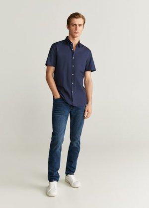 Приталенная фактурная рубашка с короткими рукавами - Doti-h Mango. Цвет: темно-синий