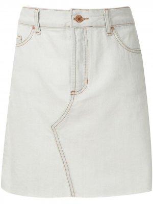 Джинсовые шорты White Blue Eva. Цвет: белый