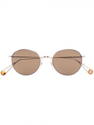Солнцезащитные очки Place de lOpéra Ahlem. Цвет: коричневый