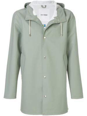 Пальто Stockholm Stutterheim. Цвет: зеленый