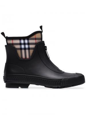 Резиновые ботинки в клетку Vintage Check Burberry. Цвет: черный