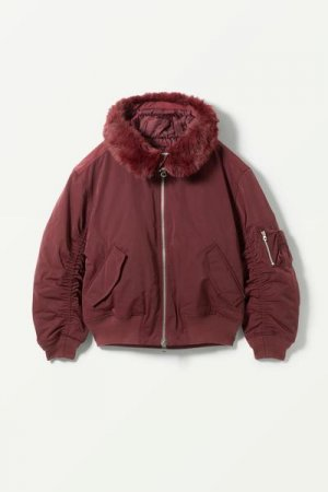 Куртка-бомбер Beatrice Weekday. Цвет: красный