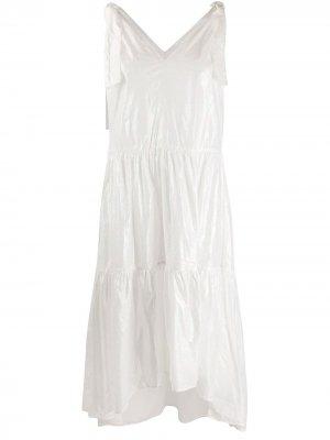 Расклешенное платье с эффектом металлик 8pm. Цвет: белый