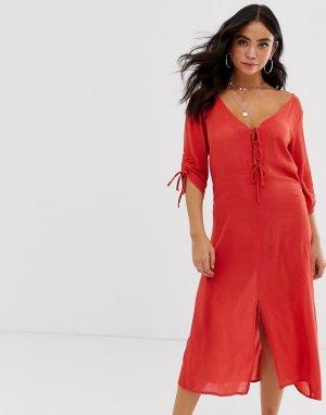 Пляжное платье с завязкой спереди Anmol. Цвет: красный