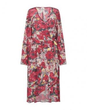Платье до колена ATTIC AND BARN. Цвет: красный