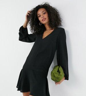 Черное платье мини с V-образным вырезом, длинными рукавами и асимметричным подолом ASOS DESIGN Tall-Черный Tall