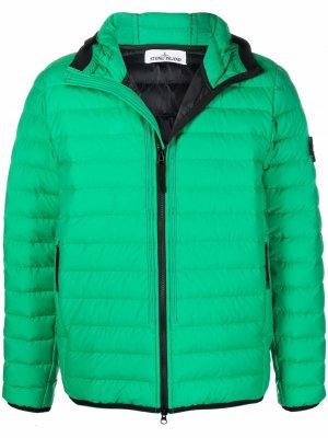 Logo-patch puffer jacket Stone Island. Цвет: зеленый