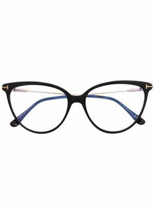 Очки в оправе кошачий глаз TOM FORD Eyewear. Цвет: черный