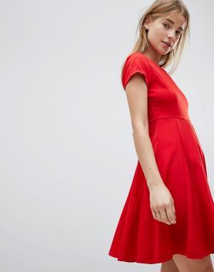 Короткое приталенное платье -Красный Louche