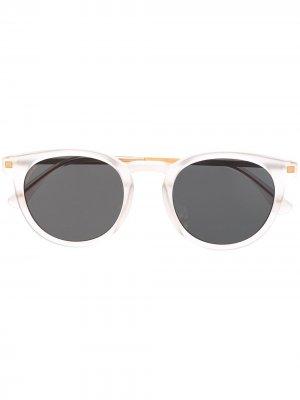 Солнцезащитные очки в круглой оправе Mykita. Цвет: белый