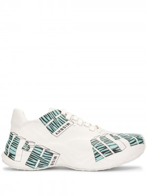 Кроссовки с логотипом MISBHV. Цвет: белый