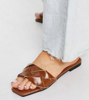 Коричневые плетеные шлепанцы для широкой стопы на плоской подошве Glamorous-Коричневый цвет Glamorous Wide Fit