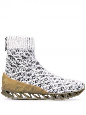 Ботинки-носки Together Himalayan из коллаборации с Camper Bernhard Willhelm. Цвет: белый