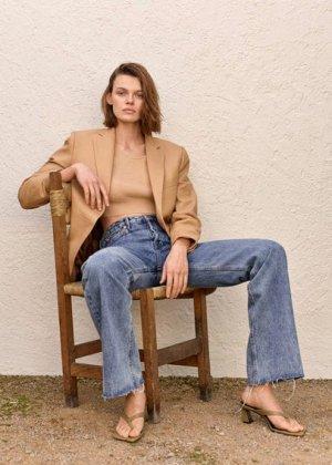 Кожаные босоножки на каблуке - Asia Mango. Цвет: оливковый