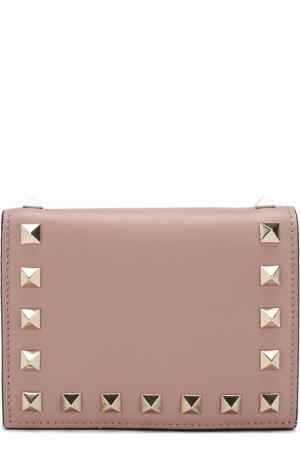 Кожаный кошелек Garavani Rockstud Valentino. Цвет: бежевый