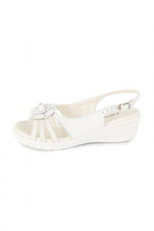 Туфли Calipso. Цвет: белый