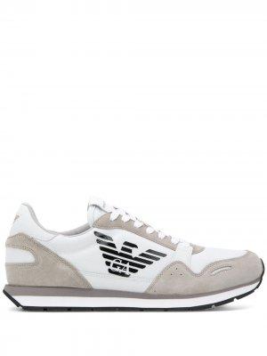Кроссовки с логотипом Emporio Armani. Цвет: белый