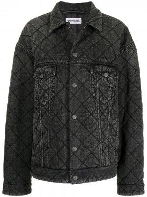 Стеганая джинсовая куртка Balenciaga. Цвет: черный