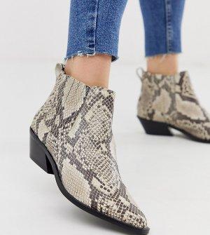 Кожаные ботинки челси для широкой стопы в стиле вестерн со змеиным принтом ASOS DESIGN