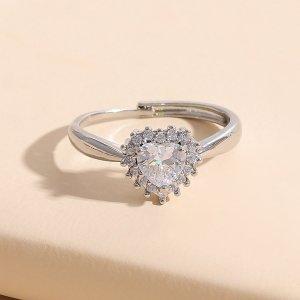 Открытое кольцо с цирконом сердечком SHEIN. Цвет: серебряные
