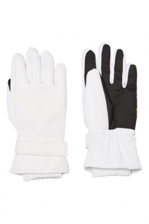 Белые перчатки с логотипом Fendi. Цвет: белый