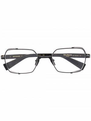 Очки в круглой оправе Balmain Eyewear. Цвет: черный