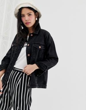 Черная джинсовая oversize-куртка из органического хлопка Monki. Цвет: черный