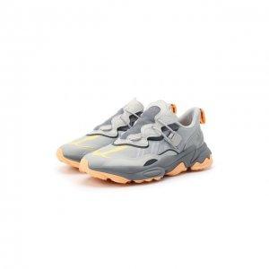 Кроссовки Ozweego Flipshield adidas Originals. Цвет: серый
