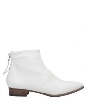 Полусапоги и высокие ботинки ALBERTO FERMANI. Цвет: слоновая кость